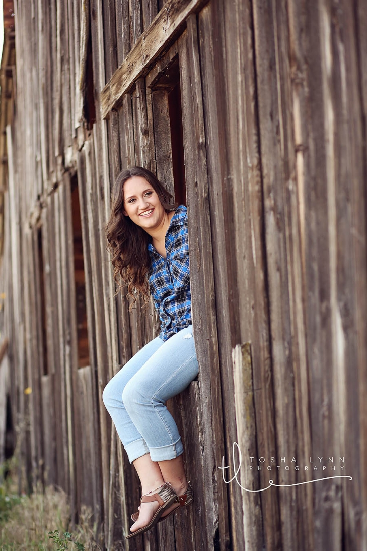 barn senior portrait session rocklin portrait photographer